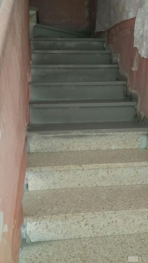 ציפוי מדרגות בטון בביצוע