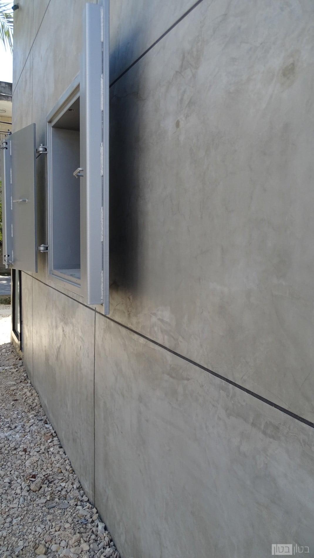 חיפוי בטון דמוי אריחי בטון
