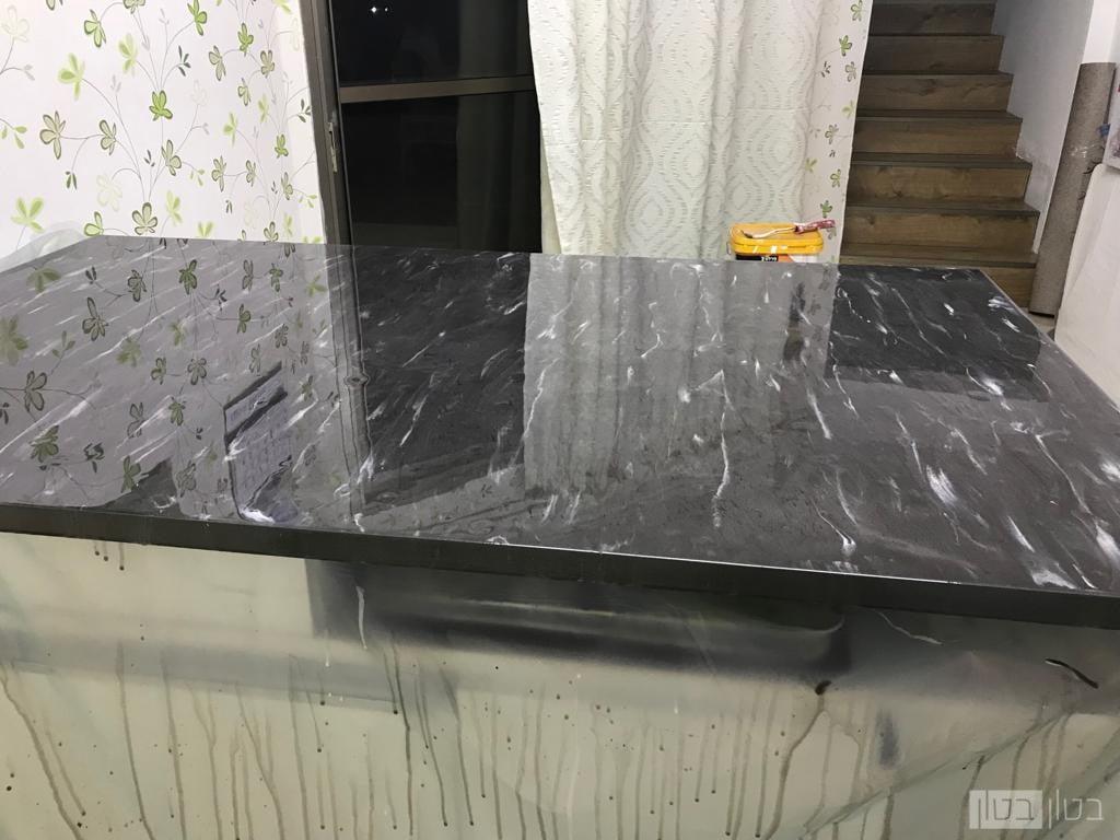 שולחן סלון עם חיפוי ננו אפוקסי שחור לבן