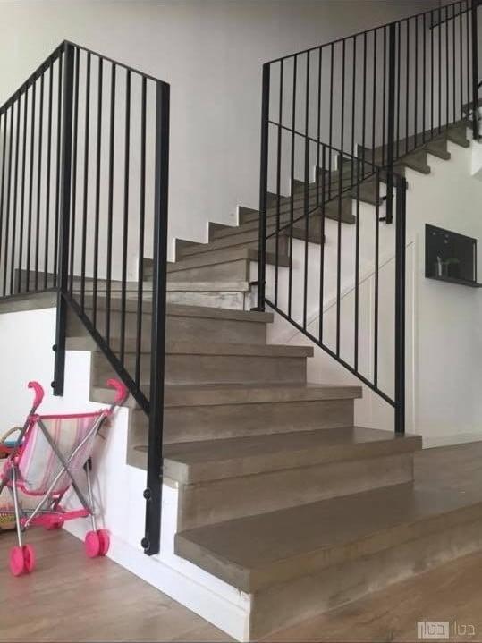 מדרגות בטון בוילה
